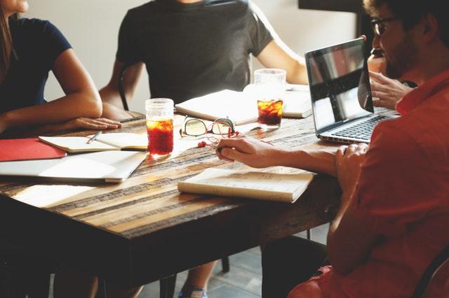 Hur du fixar en bra jobbatmosfär
